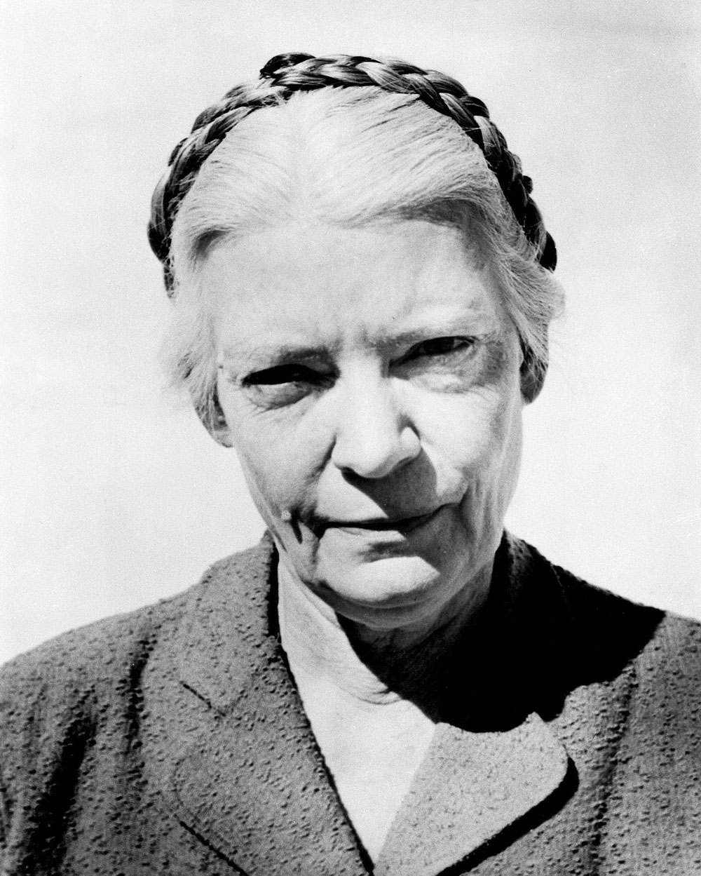 dorothy day saint worthy Dorothy day was the subject on tuesday night when i spoke at the college  be  a boost to the things she stood for well worth the investment.